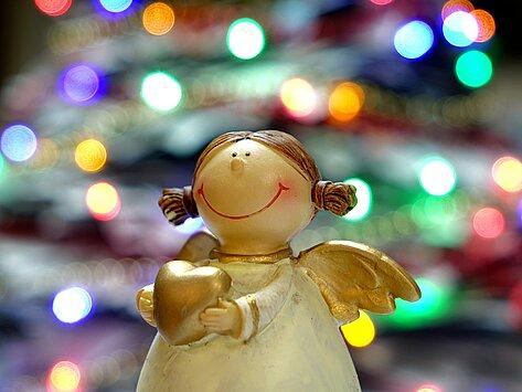 kleiner Engel mit Herz