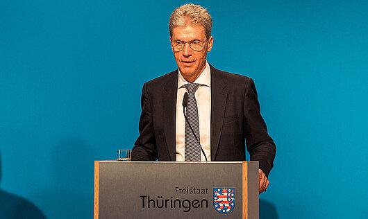 Minister Helmut Holter