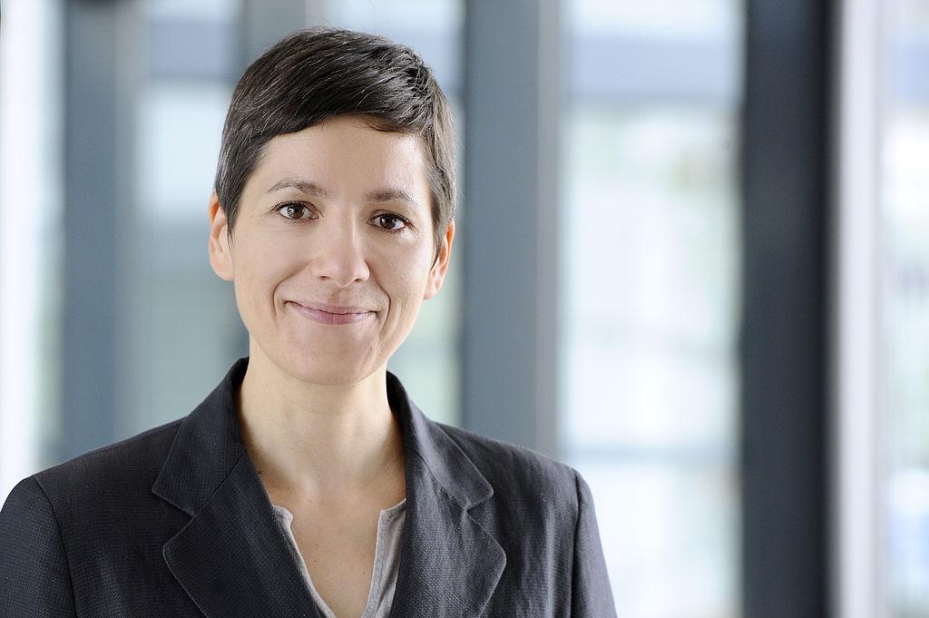 Portrait Dr. Julia Heesen